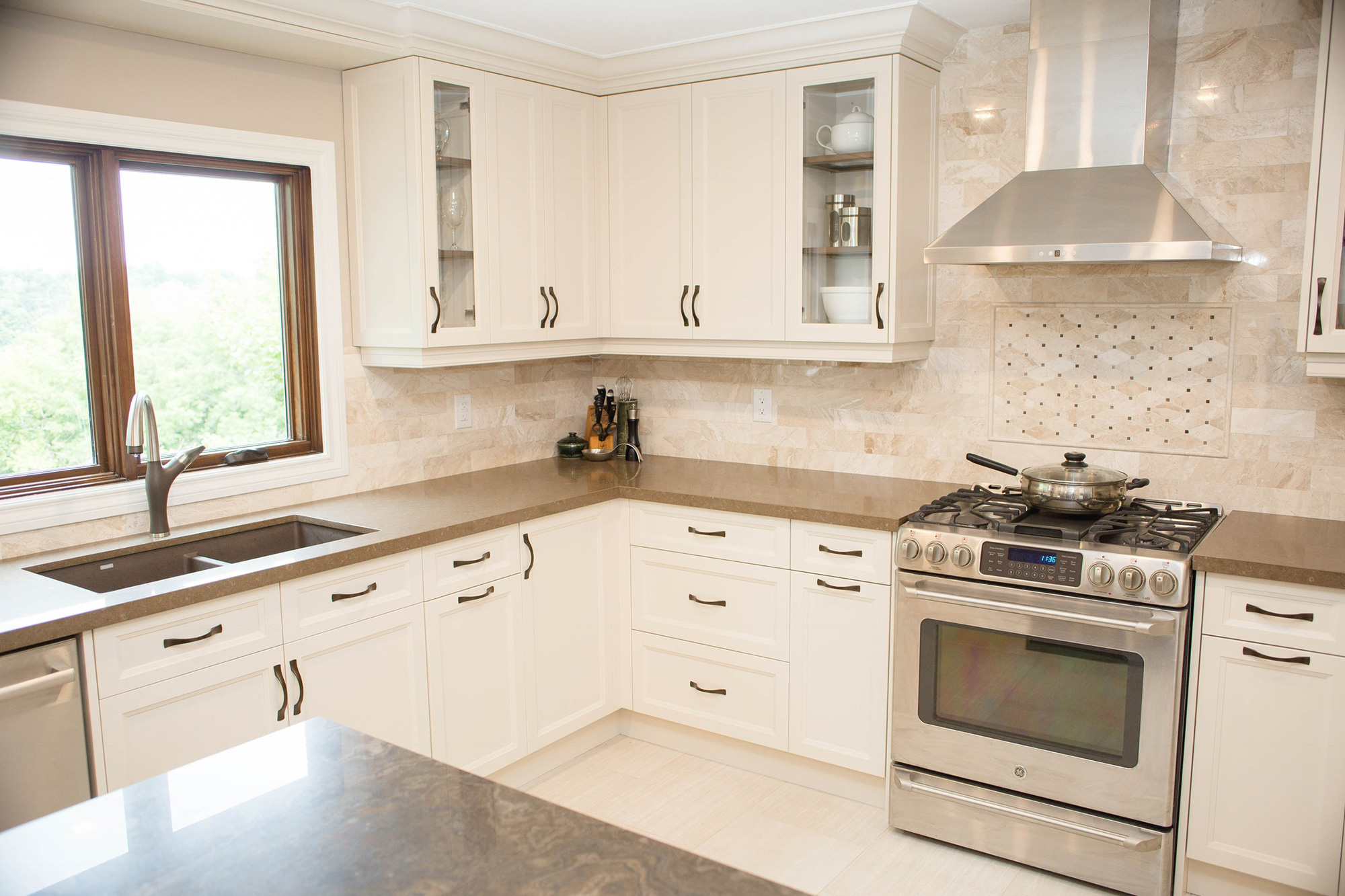homewise-innovations-kitchen-mrs-ford-4